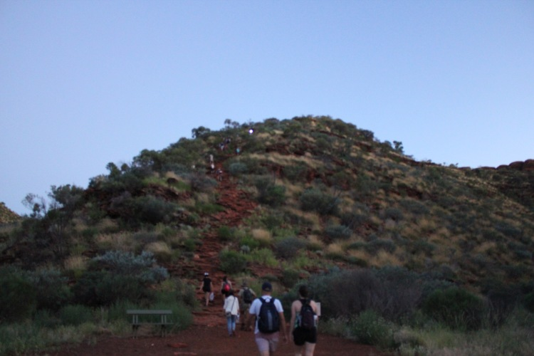 Hiking Kings Canyon Rim Walk at Sunrise