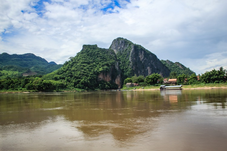 2 Days On The Mighty Mekong River - Slowboat to Luang Prabang 40